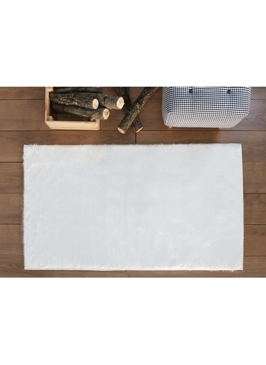 MarkaEv A Post Peluş Beyaz Halı  Beyaz